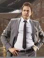 Jeff Goldblum (Zach Nichols) 01